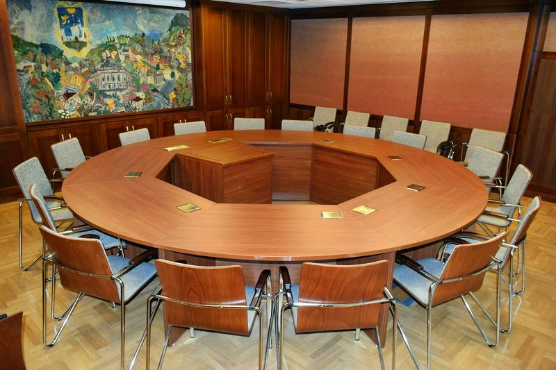Irodabútor, konferencia asztal